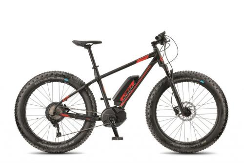 SU / KTM MACINA FREEZE black 19 2